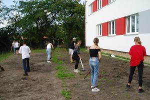 Přírodní zahrada pro podporu výuky žáků ZŠ Malé Svatoňovice